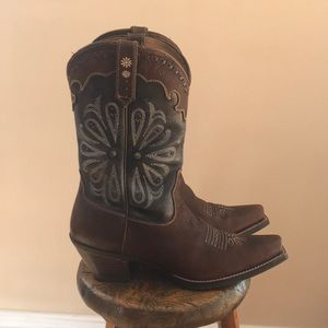 Ariat women's Square toe western boot